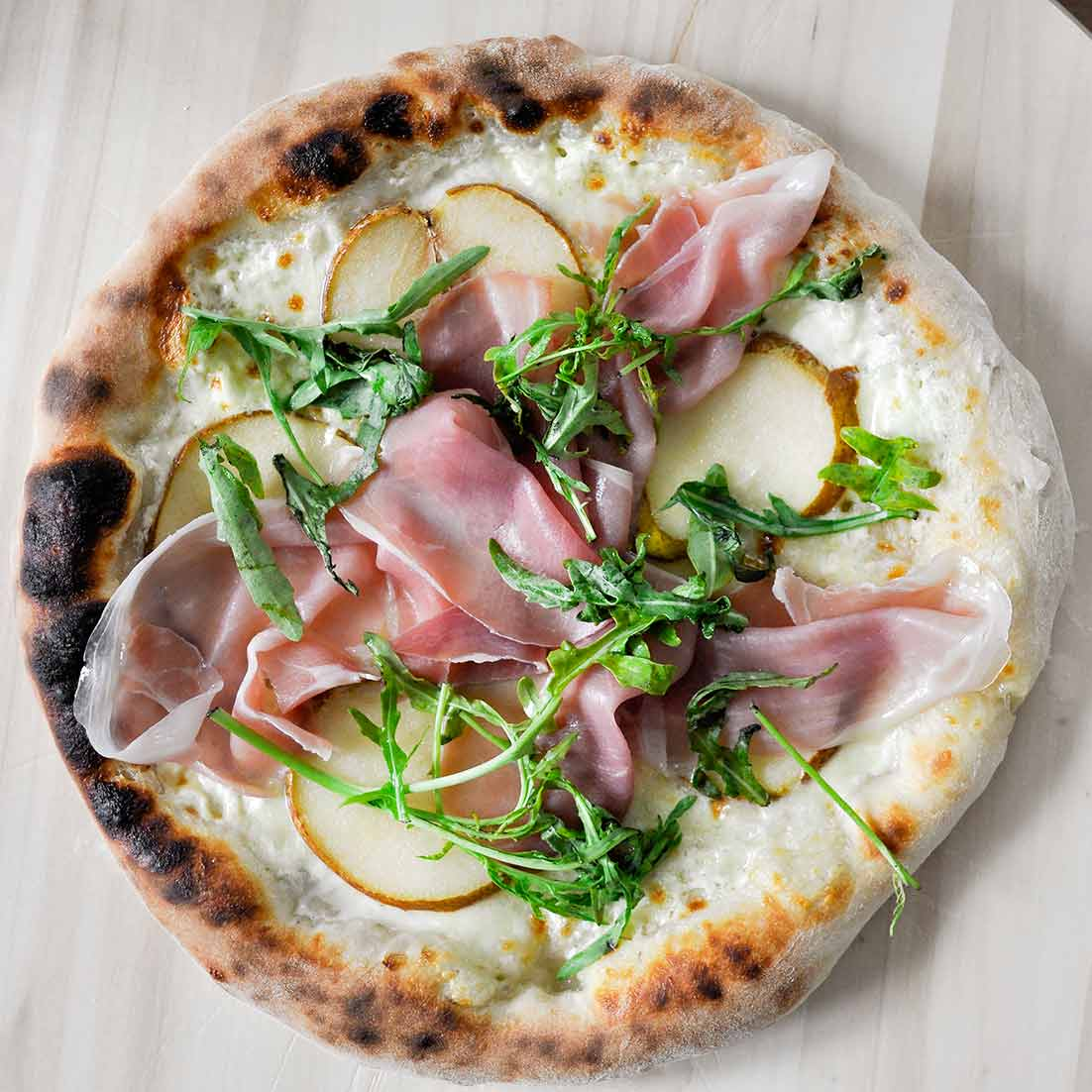 Pizza Neapolitańska z piekarnika